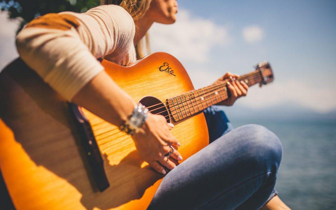 Corso base gratuito di chitarra